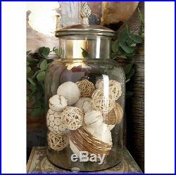 Decorative Clear Glass Jars With Lids  from glassjarhandle.biz