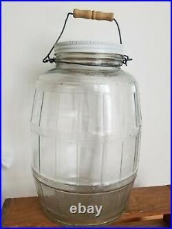 LG VTG 3 Gallon Barrel Shaped Duraglas Screw Top Pickle Jar with Lid, Handle Glass