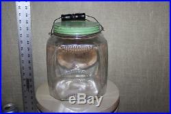 SCARCE 1920's 5LBS BEE HIVE PURE BEE'S HONEY GLASS JAR With WOOD HANDLE FARM BARN